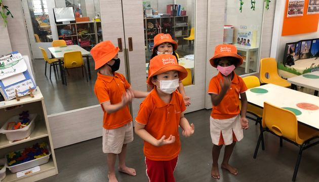 Children's video performance for essential workers at Eldercare
